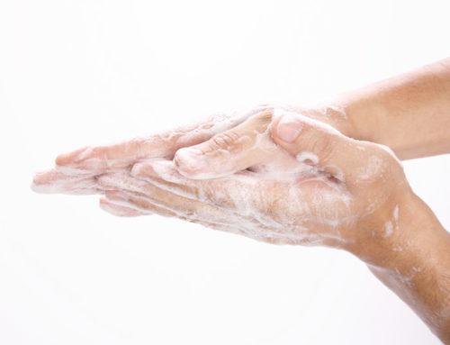 Hygiene bei Kosmetikerin und Podologin